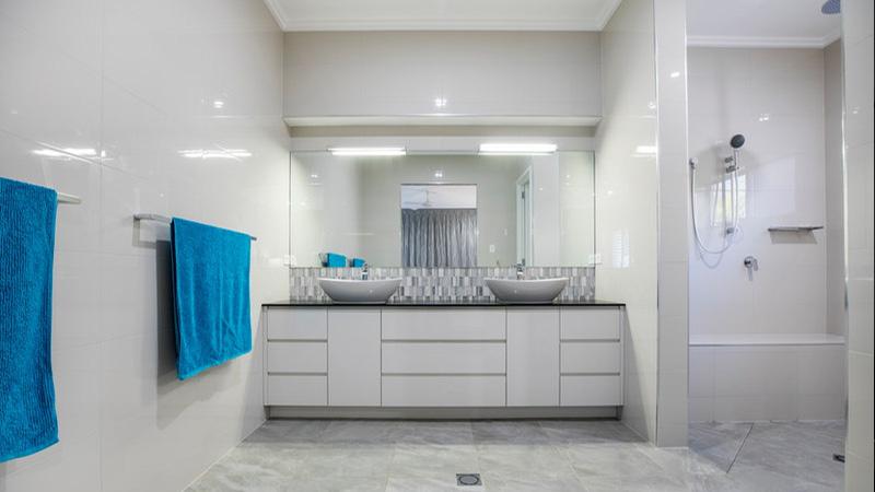 white-bathroom-interior.jpg